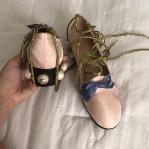 Gucci silk lace up loafers